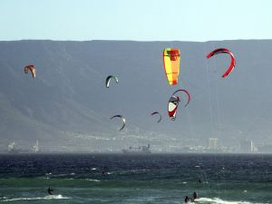 750287_kiteboarding_in_cape_town