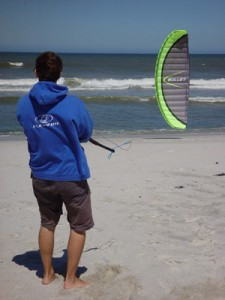 how to fly a trainer kite from power kites direct